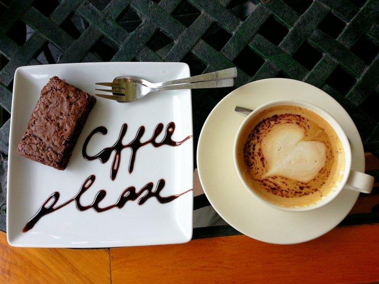 O cafea, va rog!