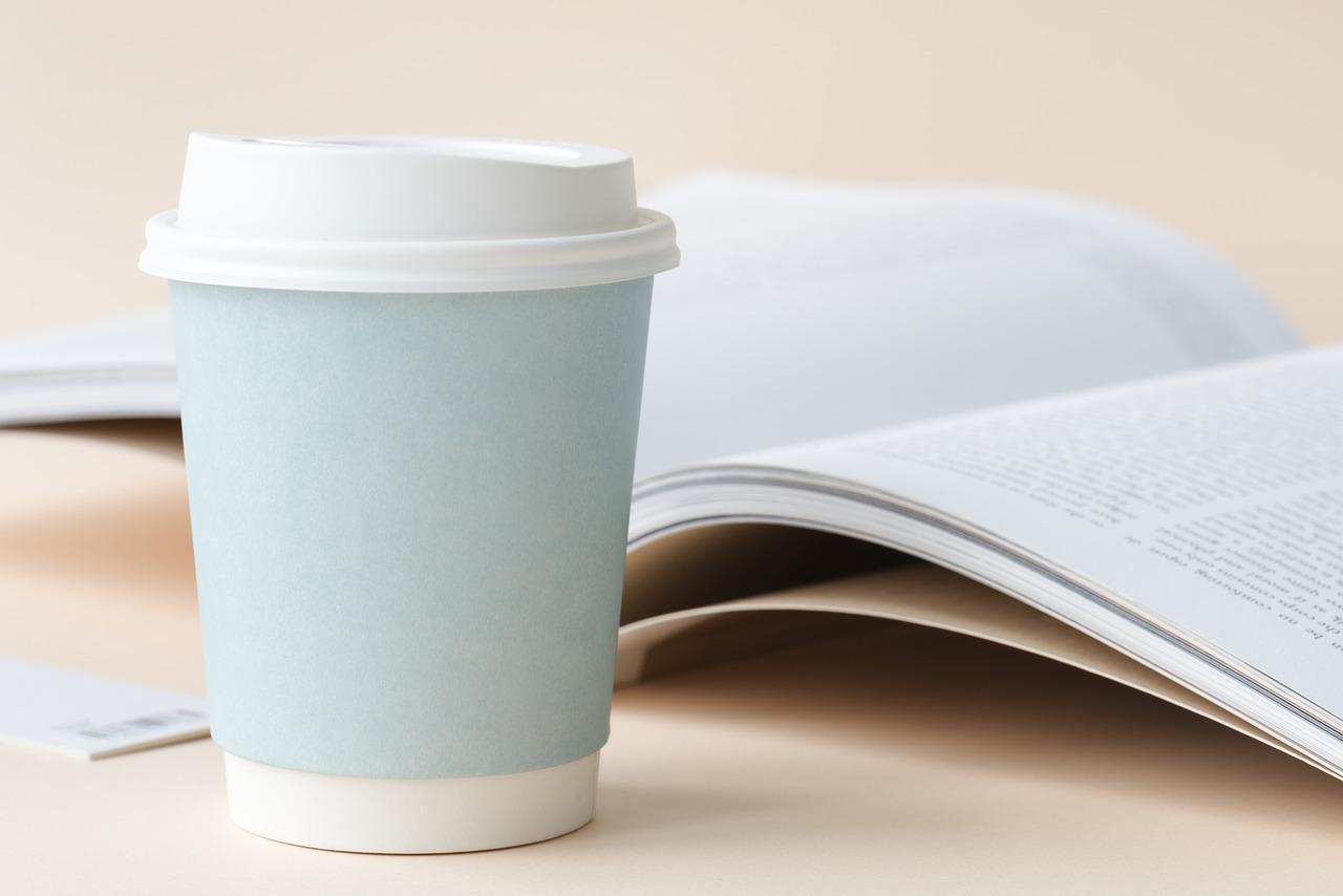 Pahare de carton pentru cafea si alte bauturi calde, special create pentru vending